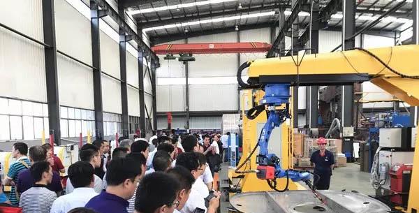 山东省装备制造业协会来山东水泊焊割参观现场
